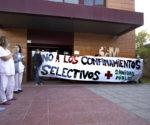 en pleno barrio de El Gorronal, concentración EN DEFENSA DE LOS SERVICIOS PÚBLICOS Y CONTRA LA CRIMINALIZACION DE LOS BARRIOS OBREROS.