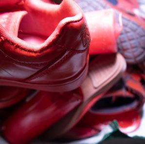 "Performance ""Zapatos Rojos"" en Galapagar"